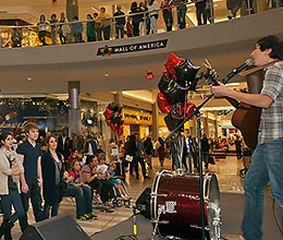 Normandale Performs at the Mall of America